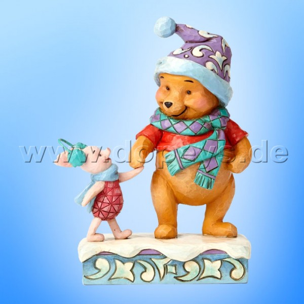 "Disney Traditions / Jim Shore Figur von Enesco ""Wintry Walk (Winter Puuh und Ferkel)"" 4057939."