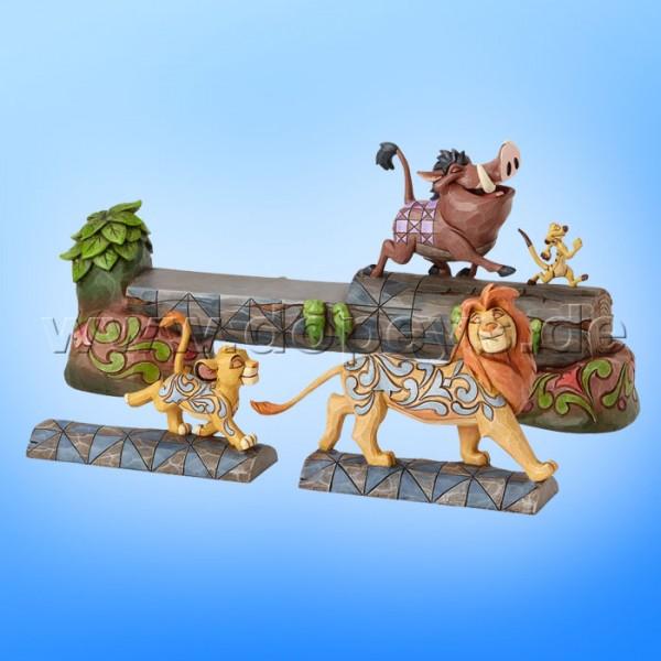 "Disney Traditions / Jim Shore Figur von Enesco ""Carefree Camaraderie (Simba, Timon & Pumbaa)"" 4057955."
