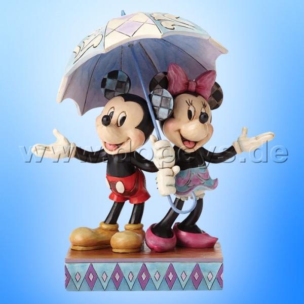 "Disney Traditions / Jim Shore Figur von Enesco ""Rainy Day Romance (Mickey & Minnie)"" 4054280."