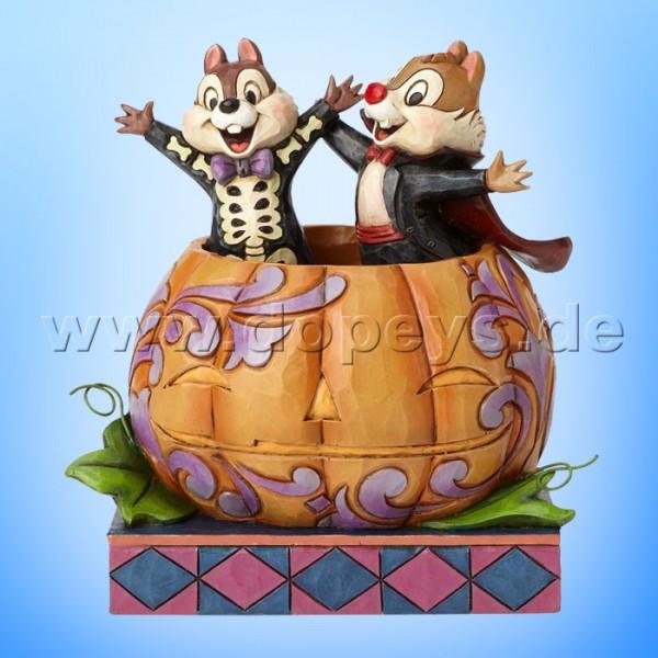 """Disney Traditions / Jim Shore Figur von Enesco """"Tiny Tricksters (Chip & Chap im Kürbis)"""" 4057947."""