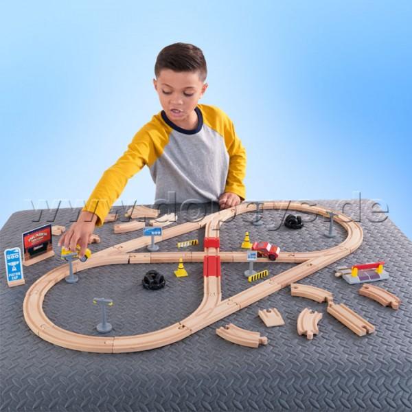 Disney Pixar Cars 3 Eisenbahnset Build Your Own Track von Kidkraft 17213